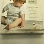 The-Little-Green-Sheep-Organic-Waterproof-Cot-Bed-Mattress-Protector-70x132cm-284037661058-2